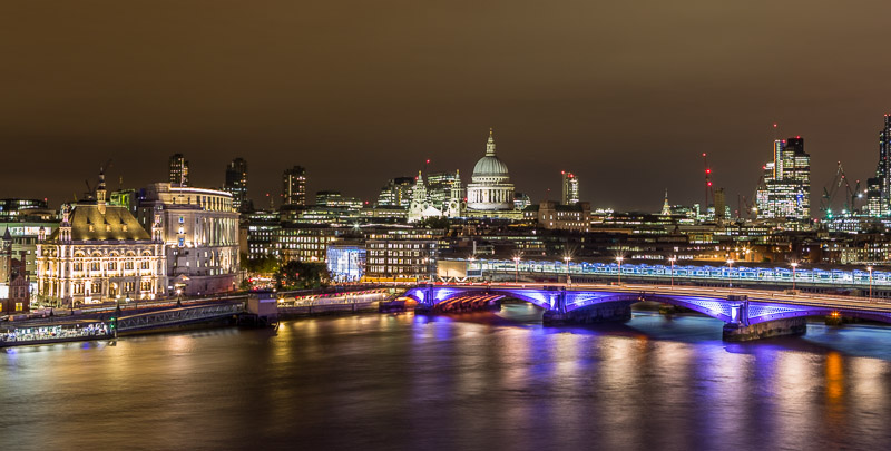 St-Pauls-By-Night.jpg