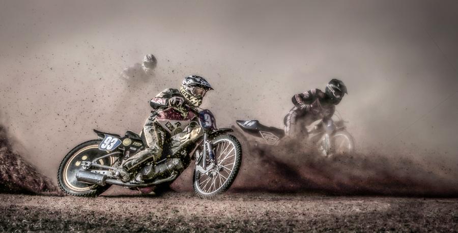 Dirt-Riders.jpg
